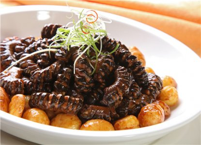 栗子又名板栗、大栗、风栗,原产在中国,已经有3000多年的栽种历史,分布范