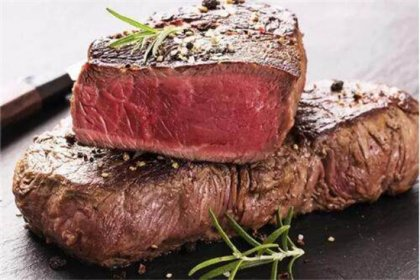 合成牛排和正常牛排区别是什么?包装上有这三个字的,多贵都别买!